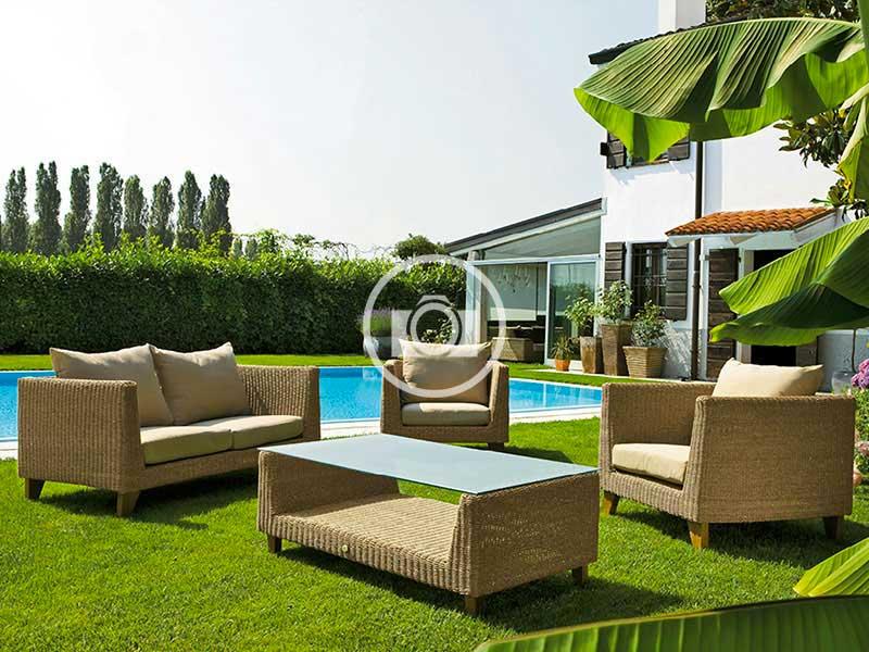 Good arredi per esterni with design giardini esterni for Negozi mobili da giardino milano